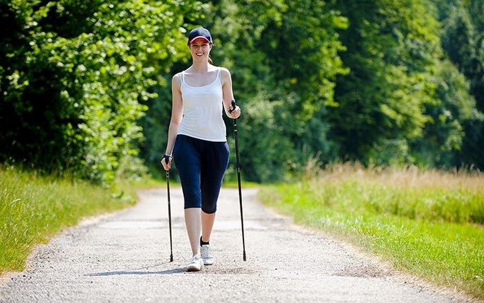 Nordic Walking Technik: 9 Tipps für die optimale Bewegung