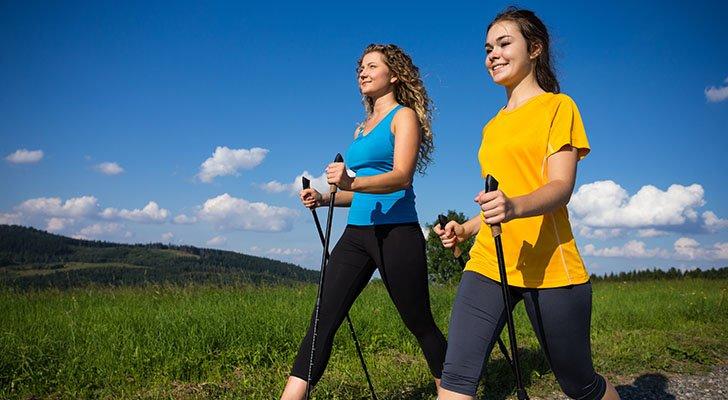 Kalorienverbrauch & Nordic Walking: Was Du wissen solltest