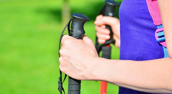 So steigerst Du Deinen Kalorienverbrauch beim Nordic Walking
