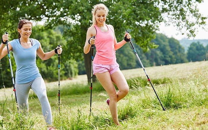 Nordic Walking Geschwindigkeit: So schnell solltest Du walken