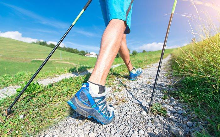 Wie oft und wie lange sollte man Nordic Walking betreiben? (Anfänger & Fortgeschrittene)