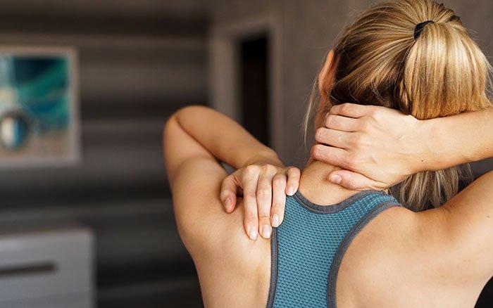 Muskelkater vorbeugen: 10 Tipps, die auch abseits von Nordic Walking funktionieren